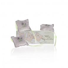 Zapachowe poduszeczki do szuflad o aromacie figi i różowego cedru